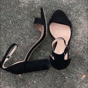Shoes - Black fabric heels